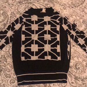 H&M Sweaters - Black and white long sleeves sweater